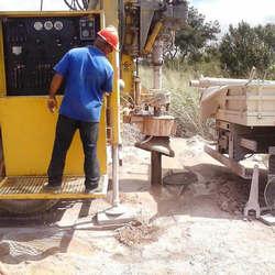 Construção de poço artesiano